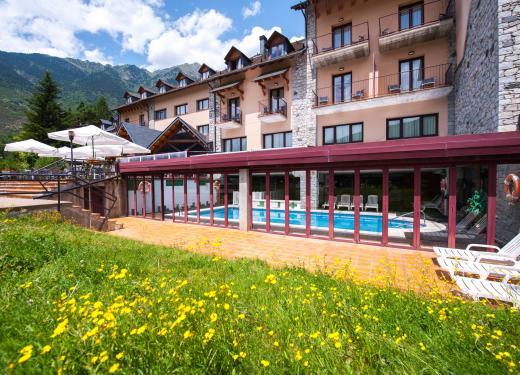 Services at SOMMOS Hotel Benasque Spa