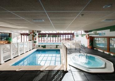 Hotel amb spa i piscina climatitzada