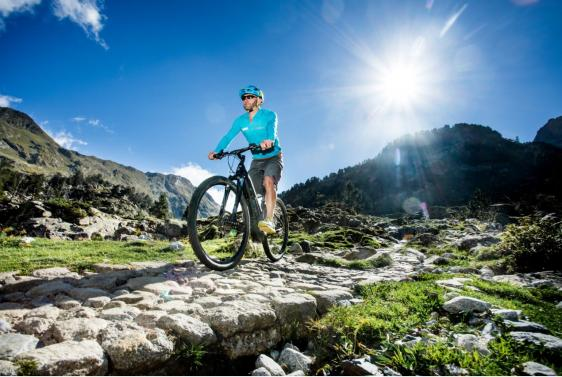 Road cycling and MTB in Benasque, Spain