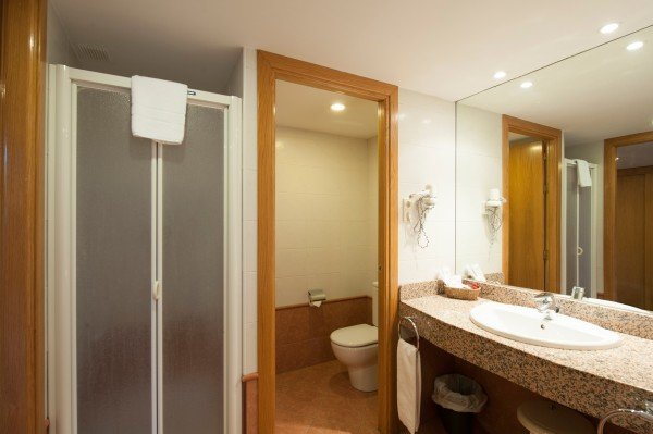 Double room with additional bed (2 ad + 1 n)